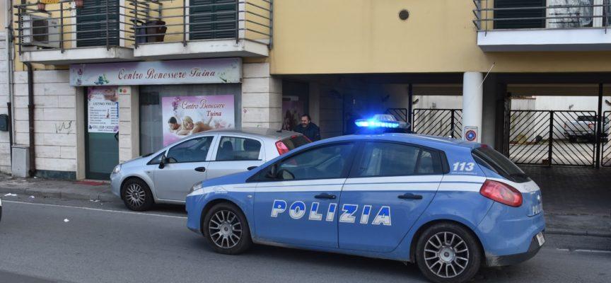 Viareggio – La Squadra Anticrimine fa chiudere un altro centro massaggi dove si svolgeva attività di prostituzione