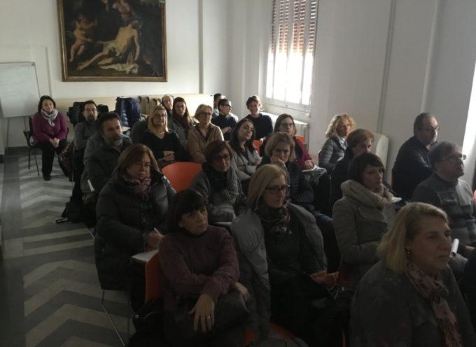 Coronavirus, 400 insegnanti agli incontri organizzati dall'Azienda USL Toscana nord ovest