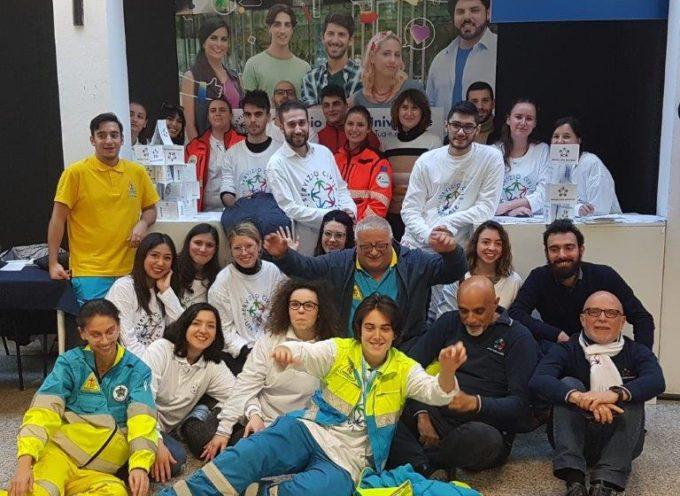 Servizio Civile, i volontari dell'Azienda USL Toscana nord ovest al Salone dello Studente