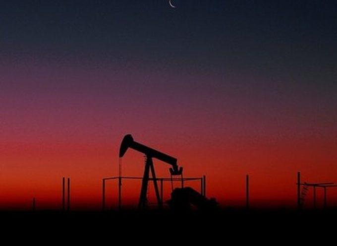 Il prezzo del petrolio in ribasso sulla scia delle ultime notizie sul coronavirus. Che succede?
