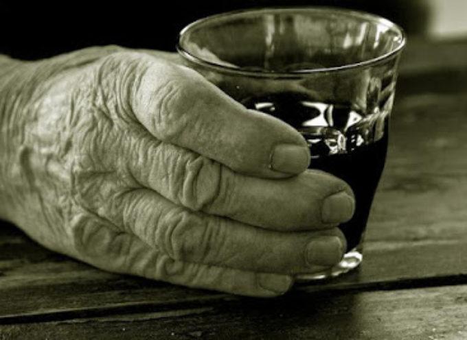 """Curiosità sullo """"striscino"""" e storia di un'antico male garfagnino: l'alcolismo"""