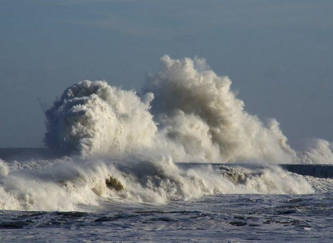 Ancora vento e mareggiate fino a domani,