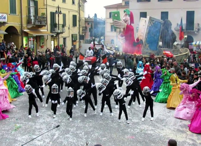 Carnevale Pietrasantino: la coreografia della contrada di Pollino – Traversagna.