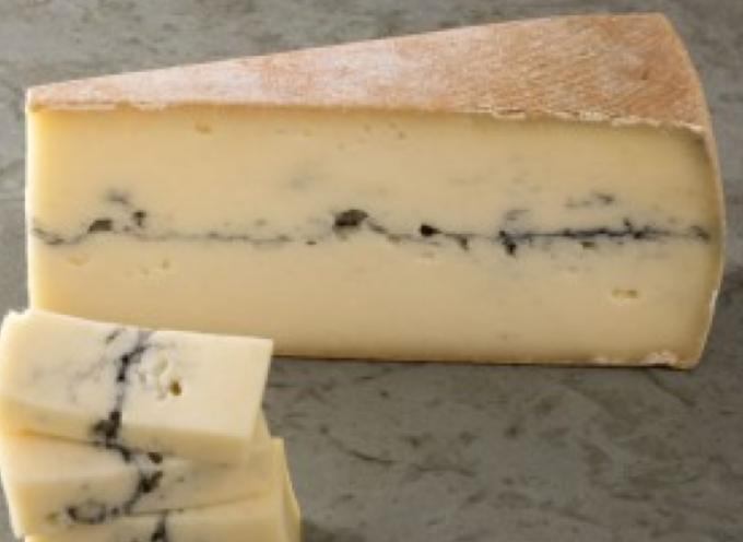 """Allerta UE: """"Attenzione a questo formaggio, può contenere salmonelle"""". Si tratta del formaggio a latte crudo Morbier dell'azienda Perrin."""