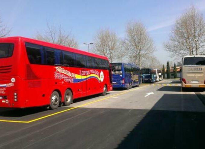 L'Agcm impone al Comune DI LUCCA di eliminare lo sgravio della tariffa applicata ai bus turistici con prenotazione della guida in provincia di Lucca