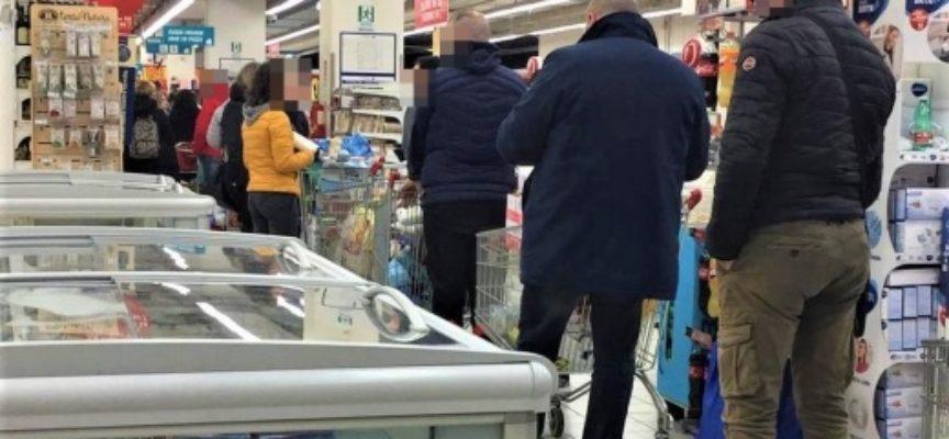 non affollate i supermercati, riscoprite negozi di vicinato e sperimentate consegna a domicilio