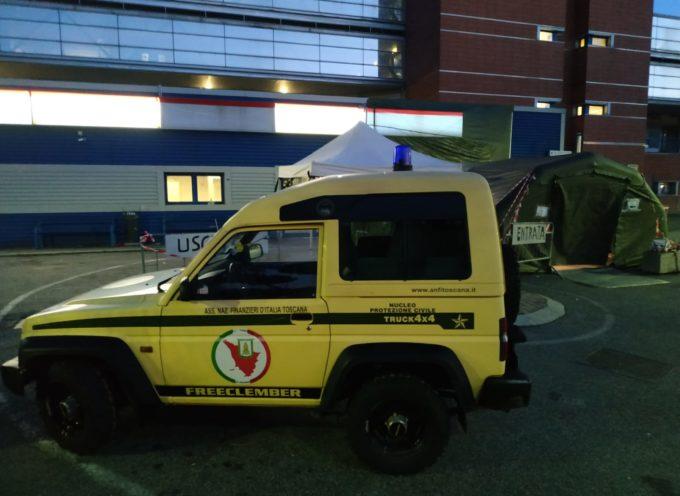 A.N.F.I Toscana – Presidio dei volontari della Protezione Civile alla tenda di filtraggio presso l'Ospedale Versilia