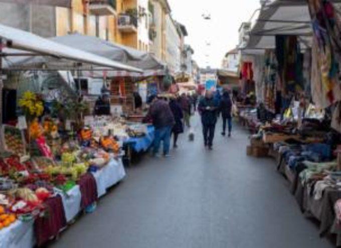 Forte dei Marmi, stop a mercato domenicale