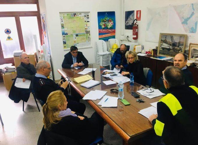 Pietrasanta – Emergenza sanitaria: #iorestoacasa, attività al pubblico ridotta in Municipio, mercati sospesi ed un servizio di assistenza a domicilio per le categorie piu' deboli