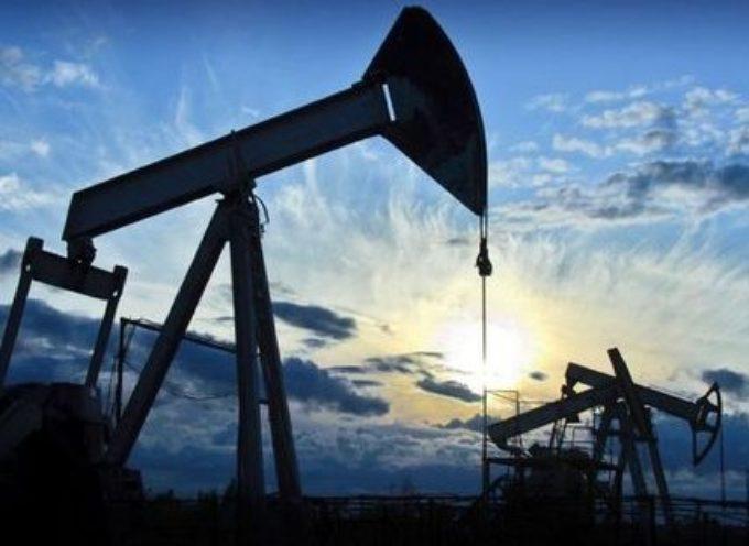 Le conseguenze del crollo del prezzo del petrolio sul settore energetico