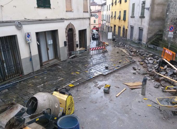 Passi in avanti significativi per i lavori davanti la chiesa di San Iacopo.