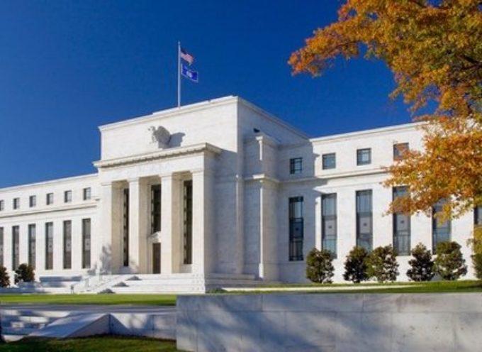 Sorpresa Fed: crollano i tassi di interesse, al via un massiccio QE