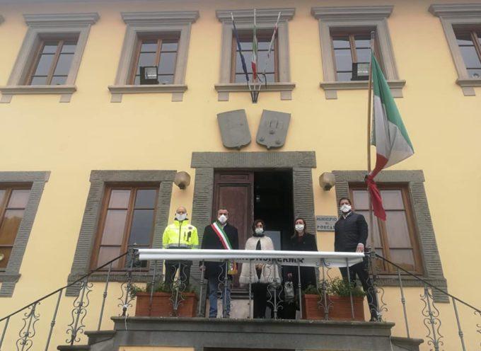 A mezzogiorno anche il Comune di Porcari si è fermato.