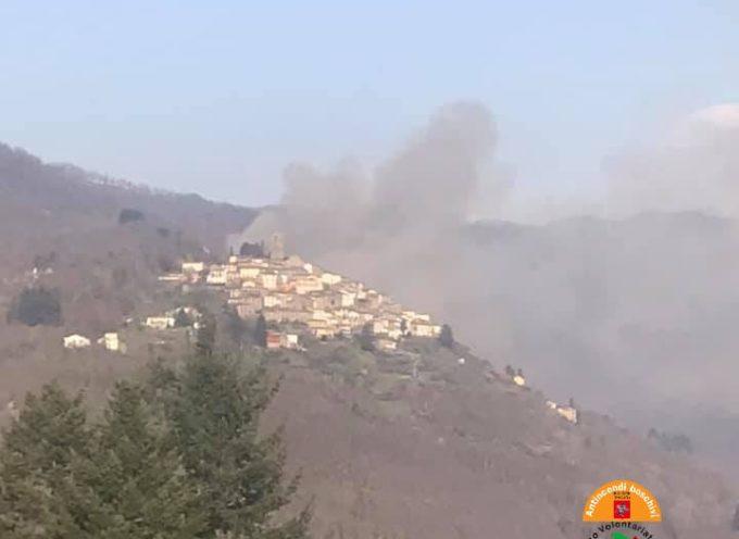 In corso due incendi, a Bagni di Lucca e Casola in Lunigiana