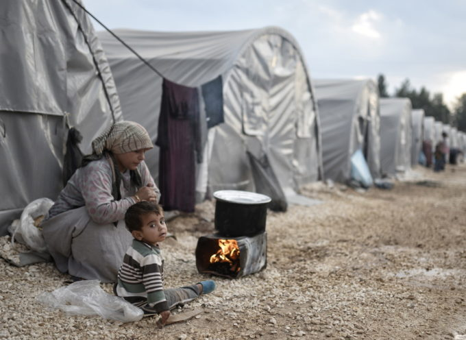 I bambini siriani stanno morendo di freddo. La tragedia umanitaria più grave del mondo non fa rumore