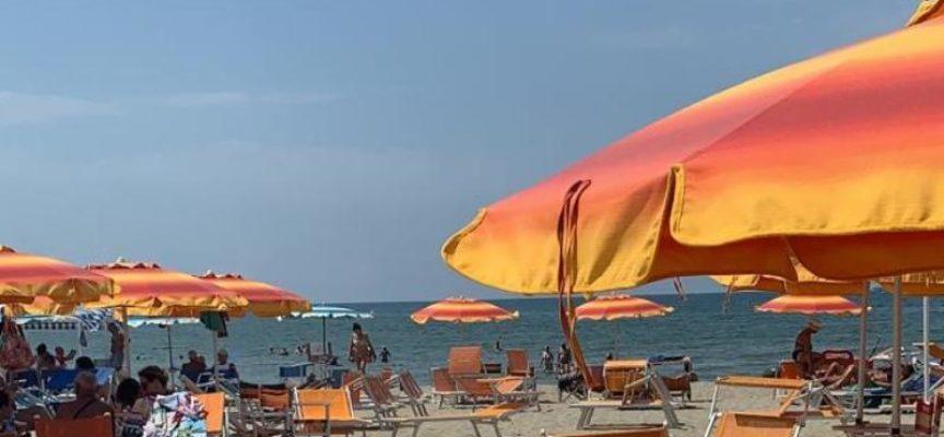 Spiagge: è l'estate dei pendolari