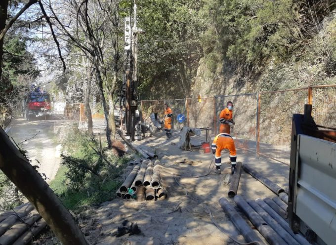 SERAVEZZA – ripresi i lavori di consolidamento di alcuni tratti della strada della montagna.