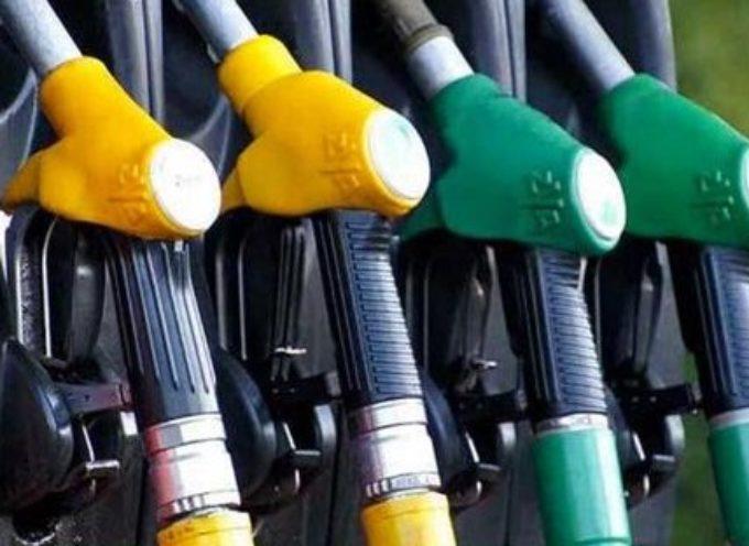 Benzina gratis con il prezzo del petrolio sotto zero?