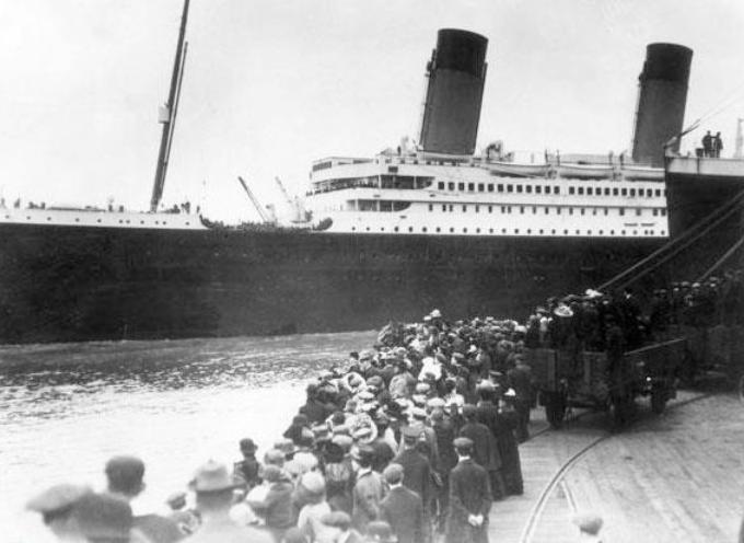 accadde oggi – 23.30 del 14 aprile 1912: il transatlantico britannico Titanic, – si scontra con un iceberg