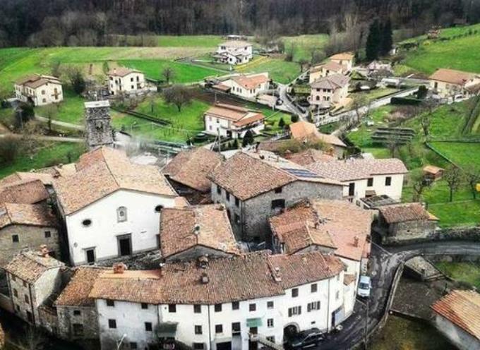 GRAGNANELLA – Frazione del comune di Castelnuovo da cui dista circa 7 Km .