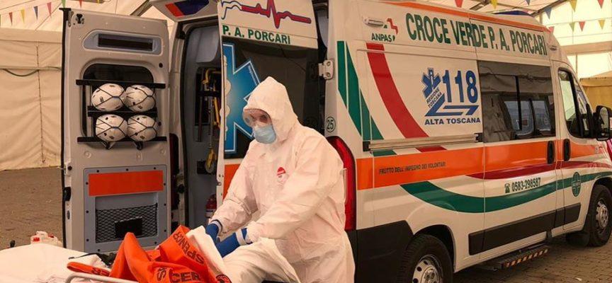 LA CROCE VERDE DI PORCARI – Ecco i nostri volontari, oggi impegnati con l'ambulanza covid-19.