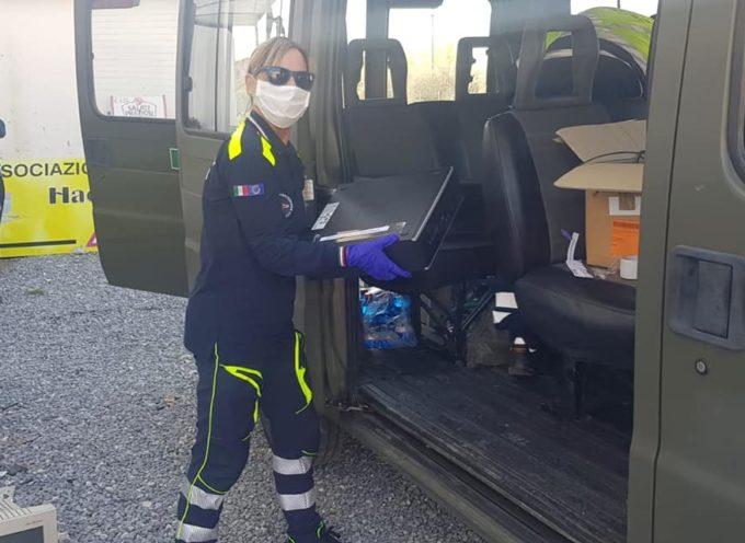 Consegnati questa mattina dalla Protezione Civile di Castelnuovo i primi 21 computer donati dalla popolazione