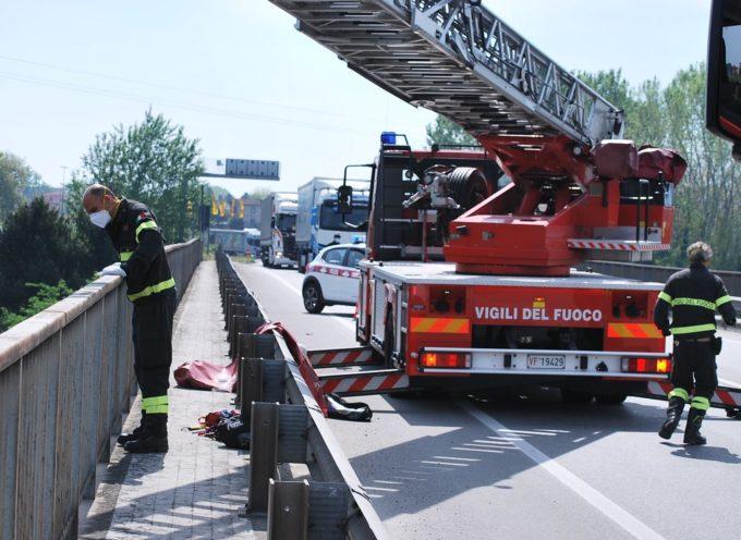 PONTE A MORIANO – si uccide gettandosi dal ponte Carlo Alberto dalla Chiesa