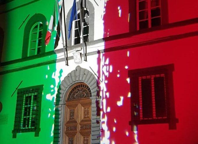 Festa della Liberazione: Coreglia Antelminelli illumina con il tricolore il Palazzo Comunale