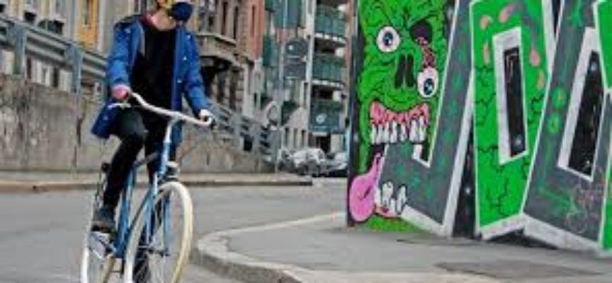 Coronavirus, fase 2: tutti in bicicletta, parola di Colao