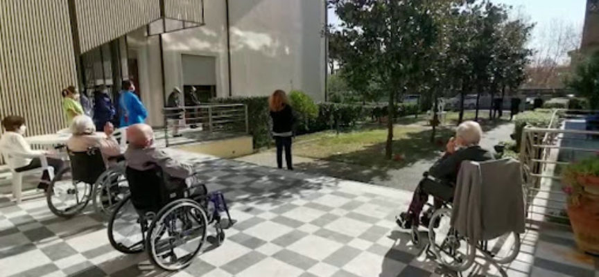 Primi aiuti per la rsa Villa Laguidara, colpita dal Covid-19