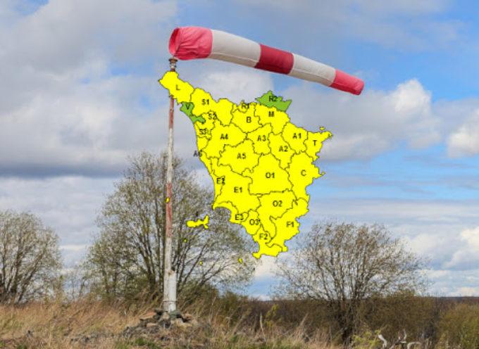 Codice giallo per vento dalla mezzanotte di stasera alla mezzanotte di venerdì 1 maggio