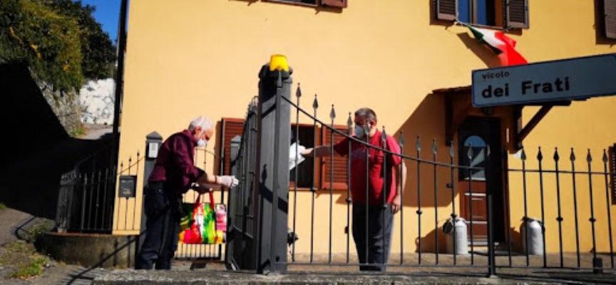 Le mascherine arrivano in Valle del Serchio