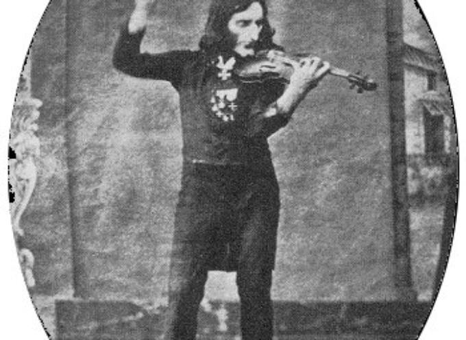 Violinista, compositore e chitarrista, Niccolò Paganini divenne una celebrità