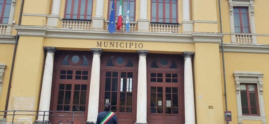 Emergenza Sanitaria: a Pietrasanta 1 giugno dedicato a tutte vittime Covid, bandiere a mezz'asta e Santa Messa in Duomo