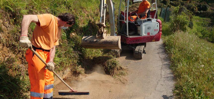 Prevenzione: pulizia zanelle e manutenzioni del verde, comune intervenuto in via Borgo Vallecchia, Strettoia e Vitoio