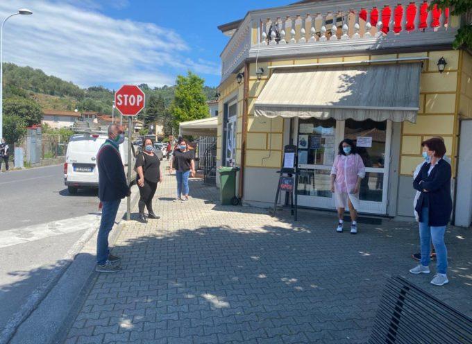 L'amministrazione solidale con i commercianti di Massarosa