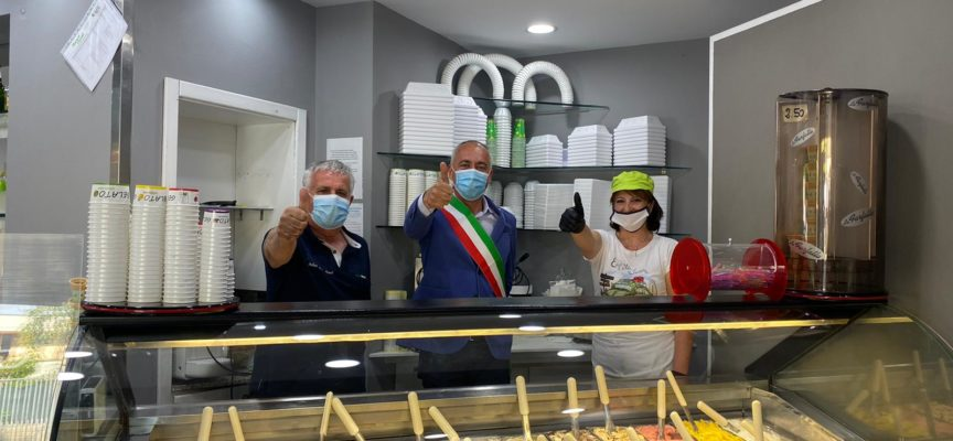 MASSAROSA – Inaugurazione di una gelateria