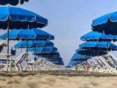Dai campeggi alle spiagge e agli estetisti, un'ordinanza con tutte le linee guida anti-Covid