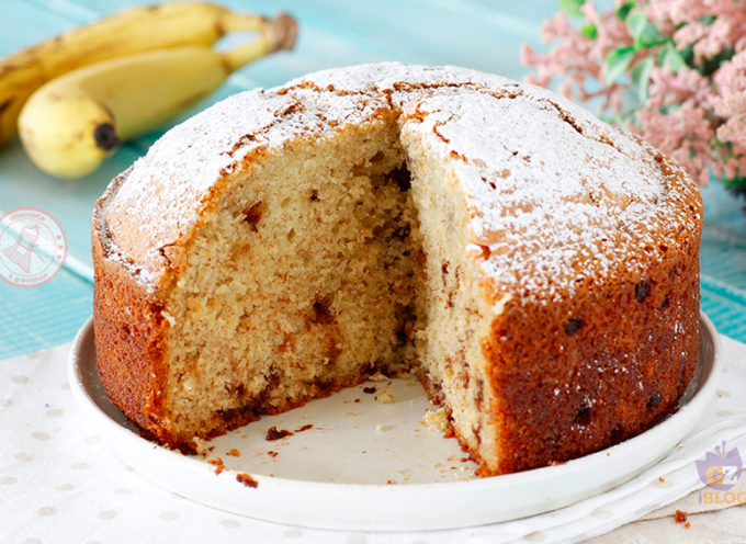 Torta di banane: la ricetta dietetica per farla in casa senza farina, zucchero e latte