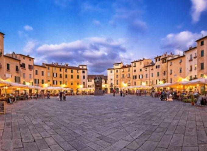 """Turismo, strategie per il rilancio: """"Dobbiamo far innamorare di nuovo i viaggiatori della Toscana"""""""
