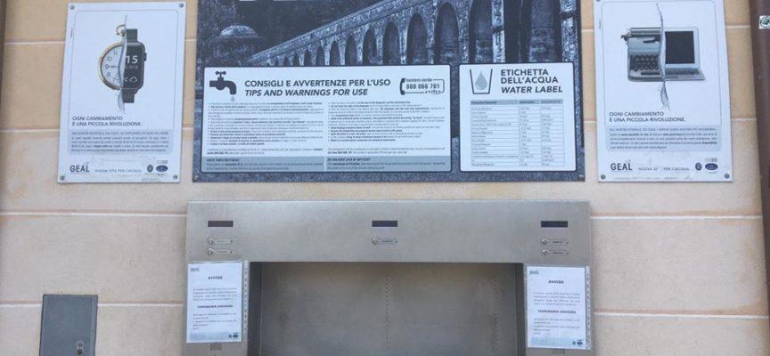 lucca – riattivate ieri – dopo circa tre mesi di stop – la Stazione dell'Acqua e la fontana  nei pressi della stazione ferroviaria.