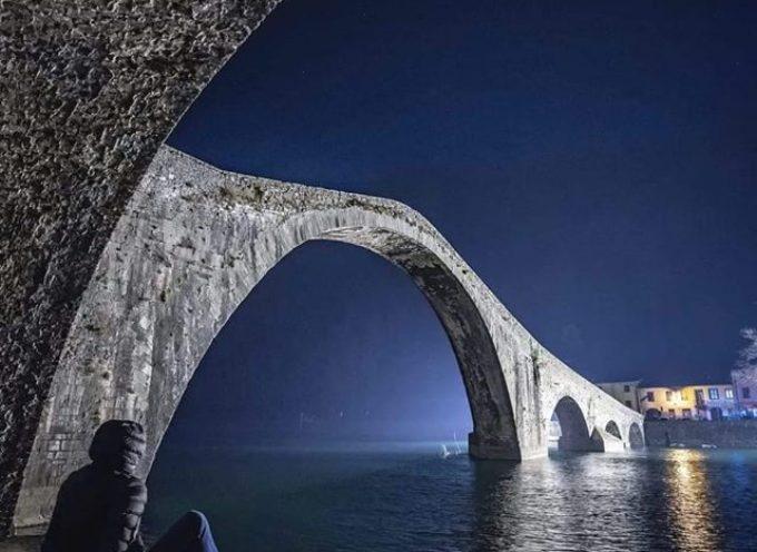 una suggestiva immagine del ponte del diavolo