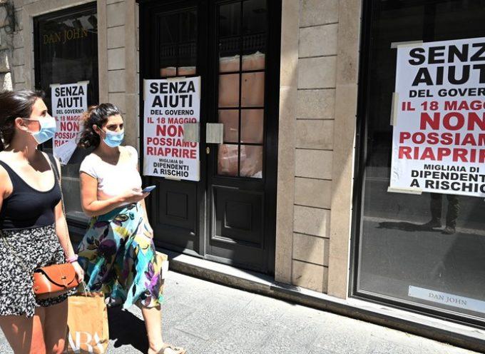 Allarme di Confcommercio: il 28% delle imprese che ha riaperto è a rischio chiusura