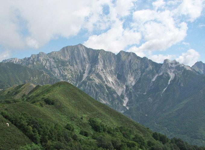 SERAVEZZA – Consiglio comunale: nella seduta del 9 giugno si discutono le osservazioni e si approva il piano del bacino estrattivo del versante est del Monte Altissimo