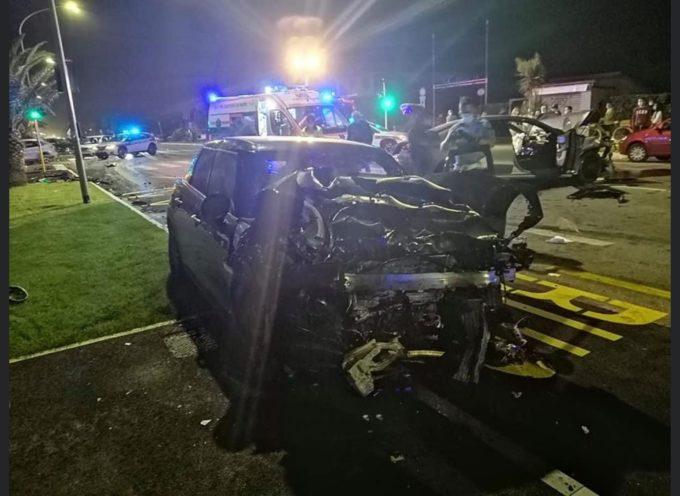 Grave incidente stradale sul Viale a Mare di Forte dei Marmi