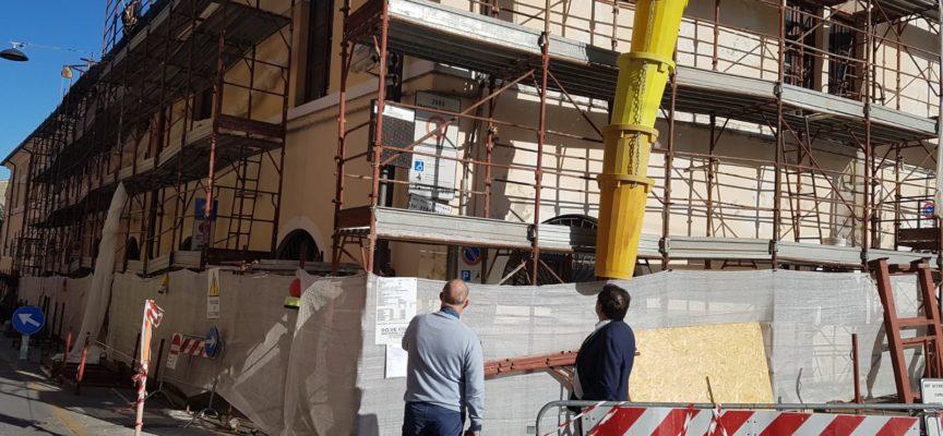 PIETRASANTA – centro storico, dal 1 luglio al 31 agosto stop a ponteggi e cantieri