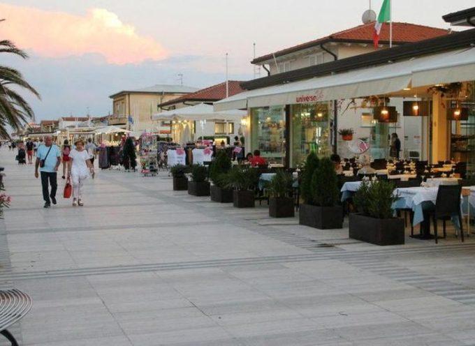 Pietrasanta – ampliamento gratuito suolo pubblico (Cosap) per bar e ristoranti, già 43 domande