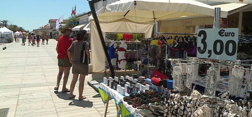 Versilia, balneari e commercianti attendono il decollo della stagione