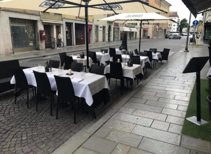 Suolo pubblico, via libera per l'ampliamento per bar e ristoranti