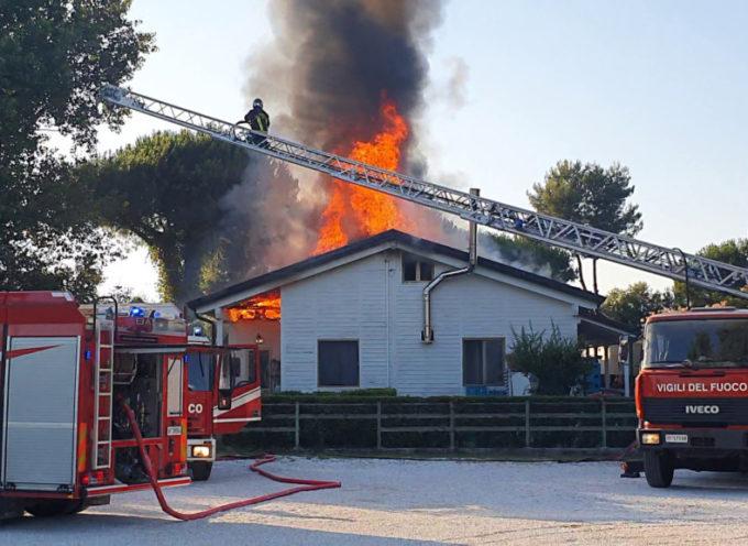 Ristorante a fuoco alla Bufalina: danni ingenti